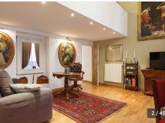 Gorgeus apartment for rent near Fontana di Trevi