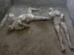 Italy: Pompeii unearths bodies of master and slave