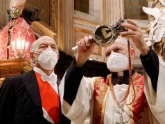 Italy: 'Bad omen' as blood of Naples saint fails to liquefy