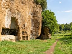 Best walking and trekking trails near Rome