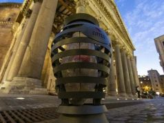 Rome's new bins get thumbs down from smokers