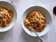 Italians slam tomato carbonara recipe in New York Times