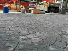 Rome rolls out cobblestone-stamped sidewalks