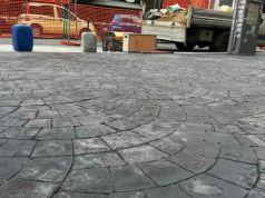 Rome rolls out cobblestone-stamped sidewalks