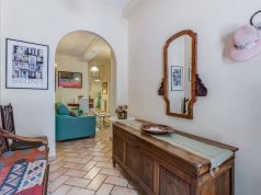 Cozy 2-bedroom furnished flat in Trastevere