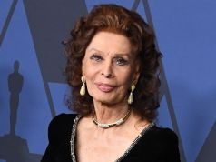 Sophia Loren to get award from Oscar Academy Museum
