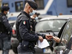 Covid-19: Italy steps up police checks over Easter red zone weekend