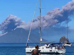 Italian volcanoes Etna and Stromboli erupt on same day