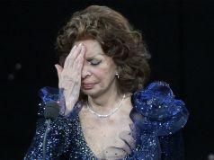 Sophia Loren wins David di Donatello Award for Best Actress