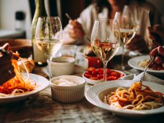 Italy reopens bars and restaurants for indoor service on 1 June