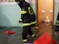 Rome rainstorm: 40 children rescued from flooded playschool