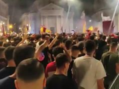 Roma fans gather in Rome centre to celebrate club