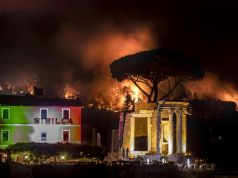 Italy wildfires: 'No BBQ' appeal over Ferragosto holiday