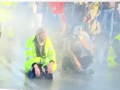 Italy police use water cannon to clear No Green Pass sit-in at Trieste port