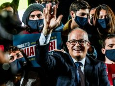 Italy's centre-left win Rome, Turin mayoral run-offs