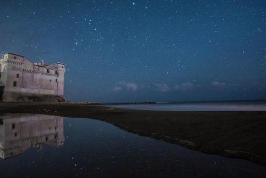 Castello sotto le stelle