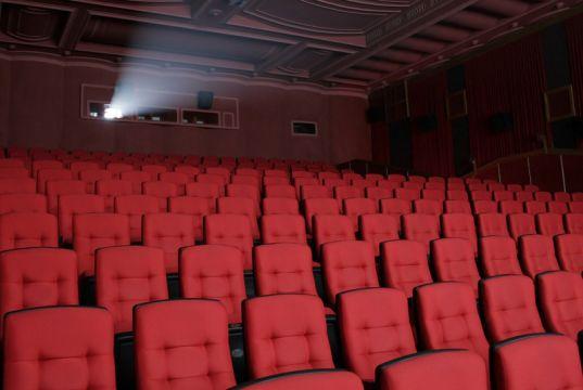 English language films in Rome