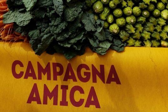 Circus Maximus farmers' market reopens