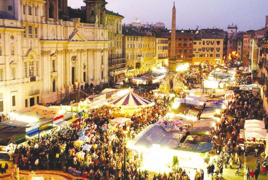 Controversy over licences for Rome's Christmas market