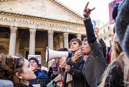 Women march in Rome for civil rights