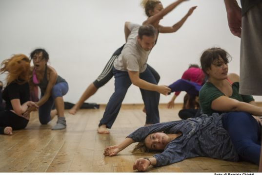 Contact Improvisation - Contact Vision Photographic Exhibition and Contact Improvisation Jam with live music
