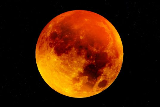 Where to view total lunar eclipse in Rome