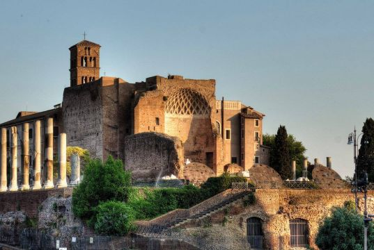 Fendi to restore Temple of Venus and Rome