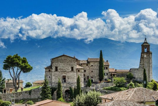 Exploring the villages of Sabina north of Rome