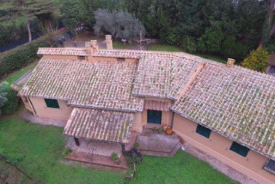Valleranello/EUR  detached house 360 sqm and garden 5000 sqm
