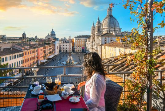 Rome hotels slash prices amid lack of tourists