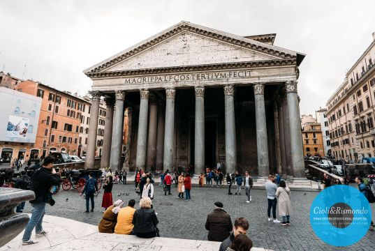 Apartment for sale just few steps from the Pantheon
