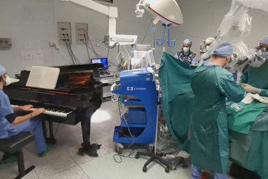 Italy: Doctors perform surgery on boy as piano played live in operating theatre