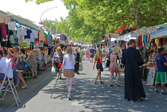Porta Portese market remains open despite Lazio being in an orange zone