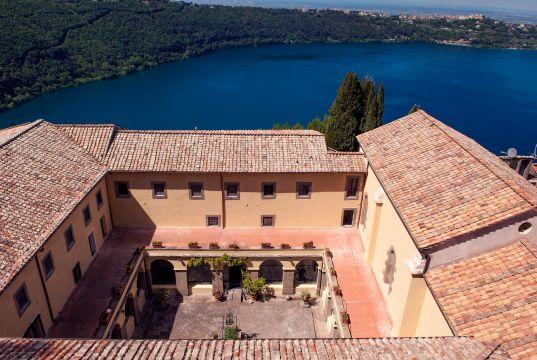 Palazzola, a magic retreat just outside Rome