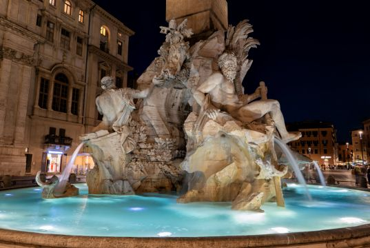 Rome police fine tourists for late night dip in Bernini fountain