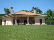 Villa with garden for sale.