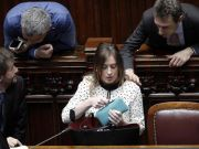 Italian senate approves its own reform