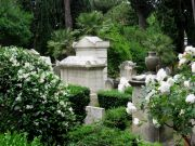 Rome's Non-Catholic Cemetery: At the foot of the Pyramid