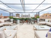 Spectacular roof terrace home near Fontana di Trevi