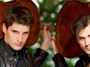 2Cellos perform in Rome