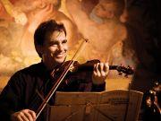 Robert McDuffie performs at Roman high school