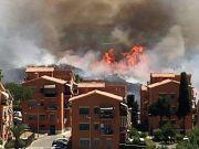 Major bushfire in Rome suburbs