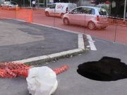Six-metre deep sinkhole on Rome street