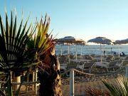 Aperitivo by the beach