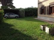 Ground floor family apartment (100m sq) garden (400m sq) near the raccordo Flaminio or Cassia bis exit.