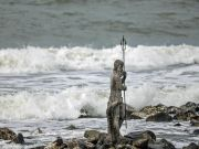 Statue of Neptune appears on Rome coast