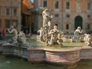 Man caught in waters of historic Rome fountain