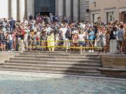 Rome limits tourist access to Trevi Fountain