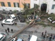 Rome closes city parks due to high winds