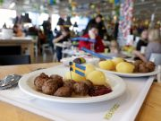 Rome: IKEA customers argue, plates fly, child injured